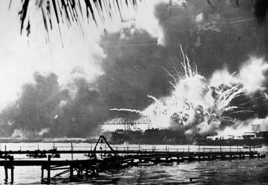 pearl-harbor-bombing
