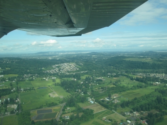 farms-happy valley- flight- Cessna