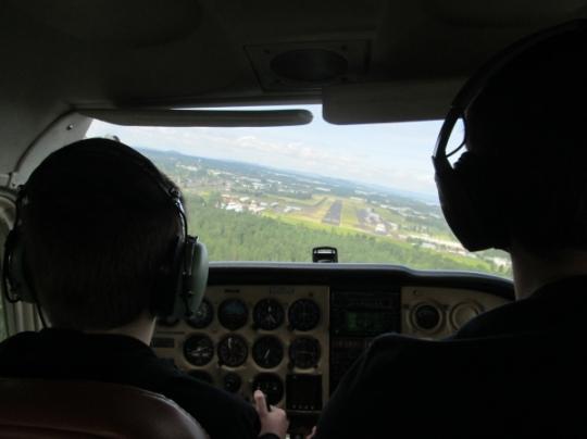 approach-landing-troutdale-cessna